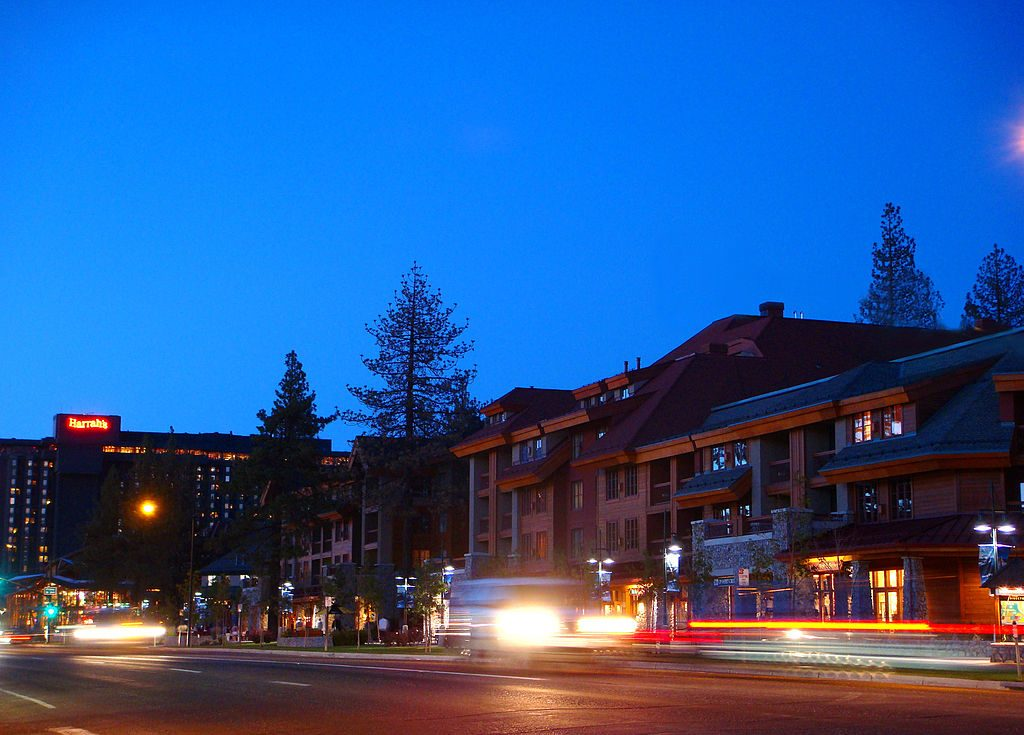 1024px-south_lake_tahoe_skyline